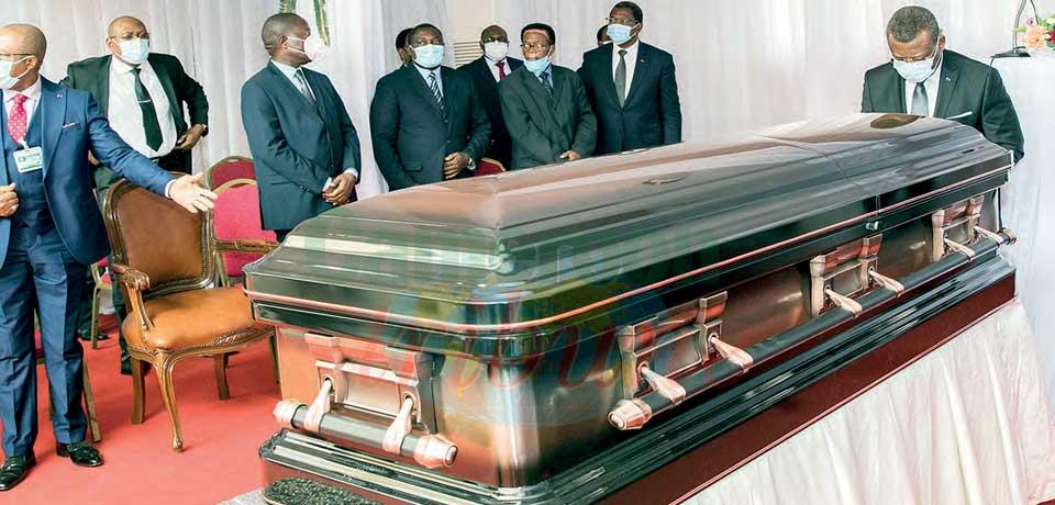 Simon Achidi Achu : Tribute, Honours At Corpse Removal