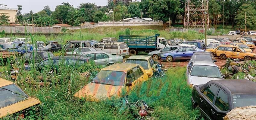Véhicules abandonnés à Yaoundé: Un délai d'un mois accordé pour débarrasser