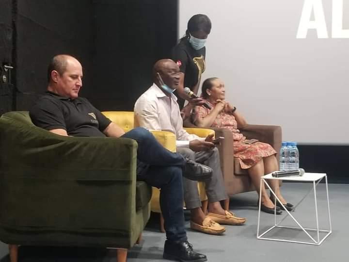 Le projet « AvantageAdomicile », qui en appelle au soutien des parents, a été présenté jeudi dernier à Yaoundé, au cours d'une conférence de presse.