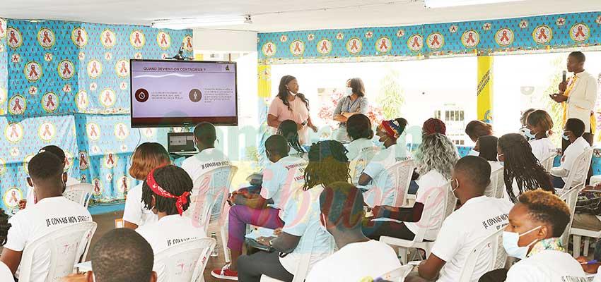 Vacances sans sida : les pairs éducateurs à l'école