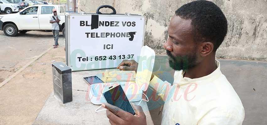 Protection de smartphones : la malle à profit