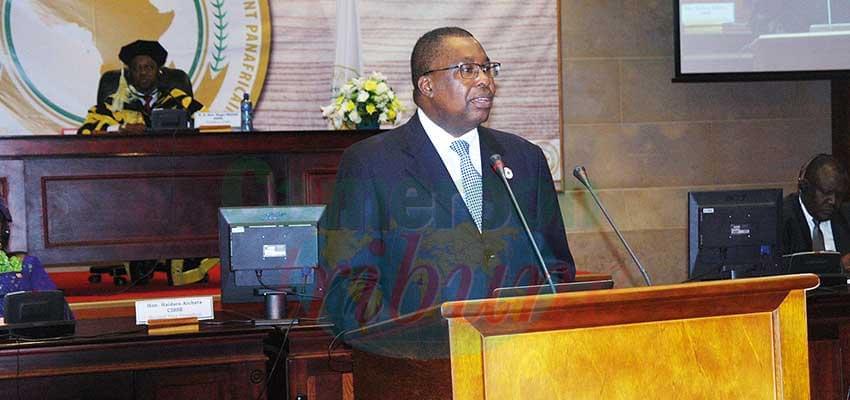 Le représentant de l'UA lors de sa communication.