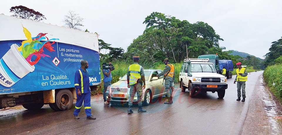 Axe Yaoundé – Bertoua : la gendarmerie sensibilise et réprime