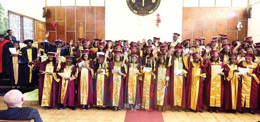 Université Protestante d'Afrique centrale : 242 diplômés sur le marché de l'emploi