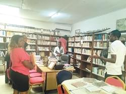 La bibliothèque Cheikh Anta Diop, un trésor national et international.