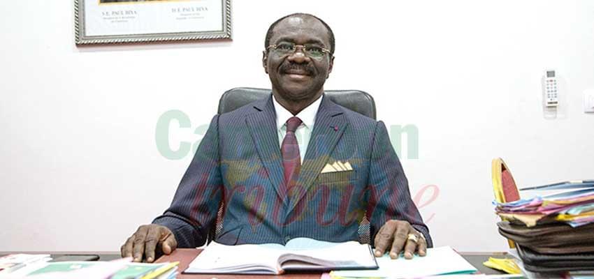 Narcisse Mouelle Kombi, président du Comité local d'organisation du CHAN 2020 et ministre des Sports et de l'Education physique.