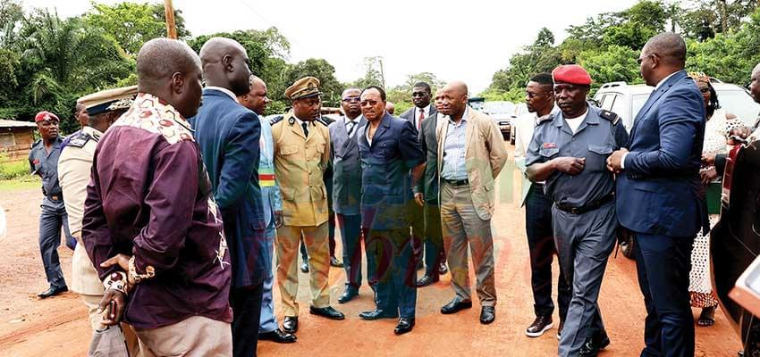 Le ministre des Travaux publics, déçu par le taux d'exécution du chantier.