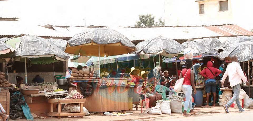 Marché de Nkolndongo : une gibecière au cœur de Yaoundé