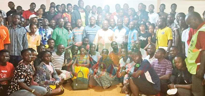 Abong-Mbang : le Minfopra s'entretient avec la jeunesse