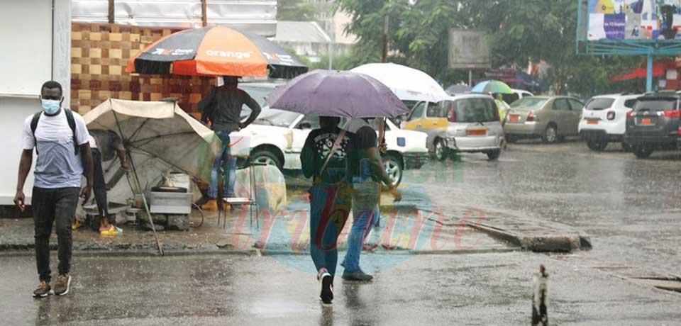 Douala : la pluie fait « journées continues »