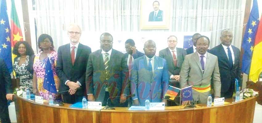Mobilité urbaine soutenable : l'Union européenne soutient Yaoundé et Douala