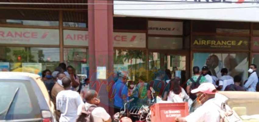 Douala : retour d'affluence dans les agences de transport aérien