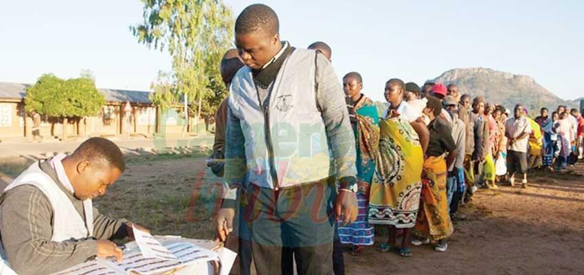 Elections générales au Malawi: affluence dans les bureaux de vote