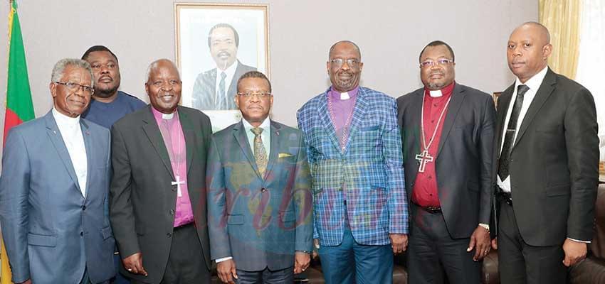 Le PM Joseph Dion Ngute en compagnie de ses hôtes hier à l'issue de l'entretien.