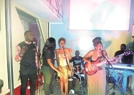 Show: Douala Discovers Eson