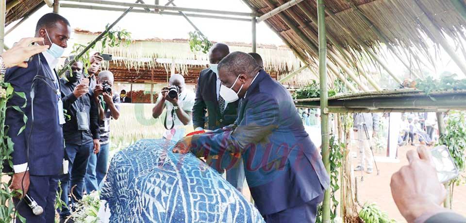 Bernard Njonga s'en va avec les honneurs de la Nation.