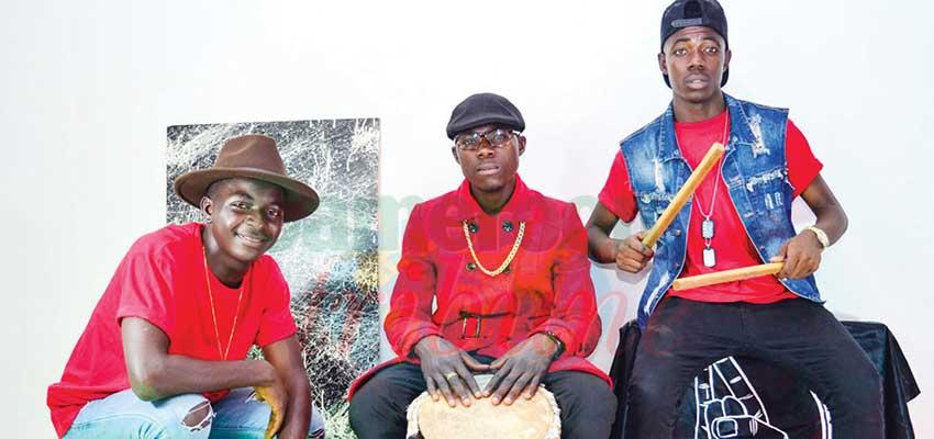 Comme le groupe les Rythmeurs de nombreux artistes promeuvent le « Mbolè ».