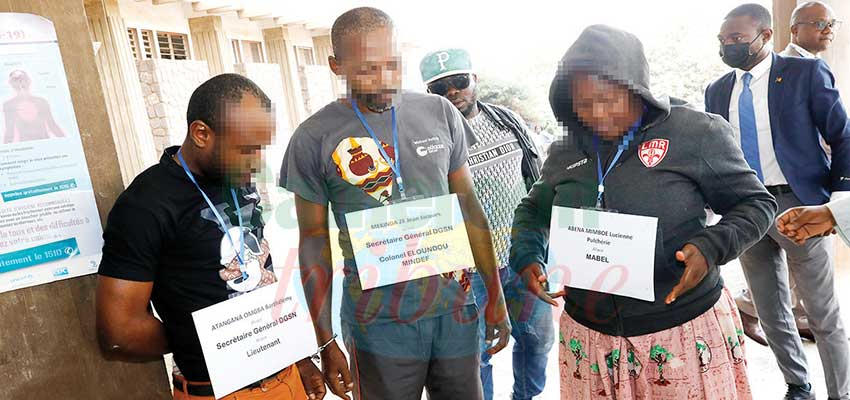 Imposture : Four Suspects Apprehended