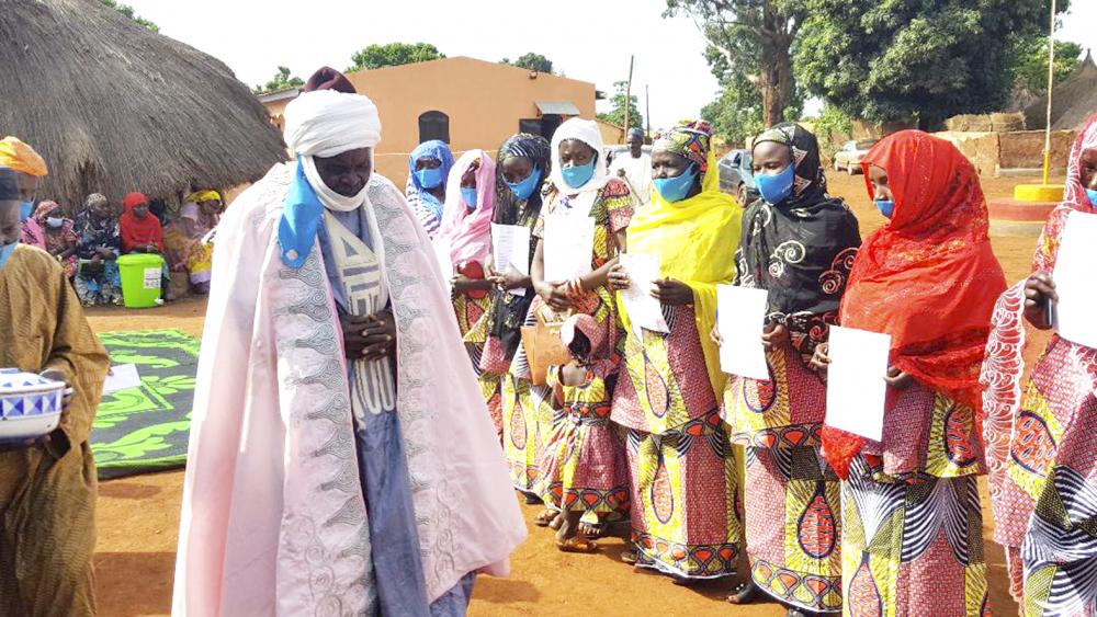 Adamaoua : douze femmes intronisées notables