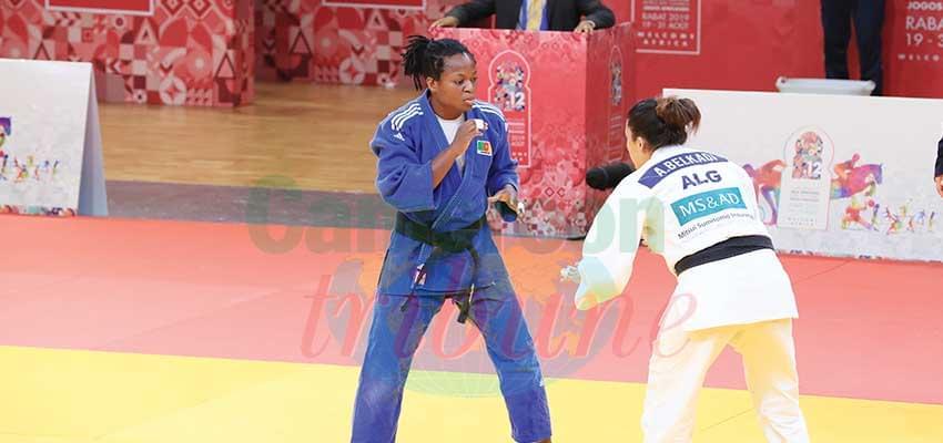 Hélène Wezeu Dombeu offre la première médaille en or de la Cameroon olympic Team.