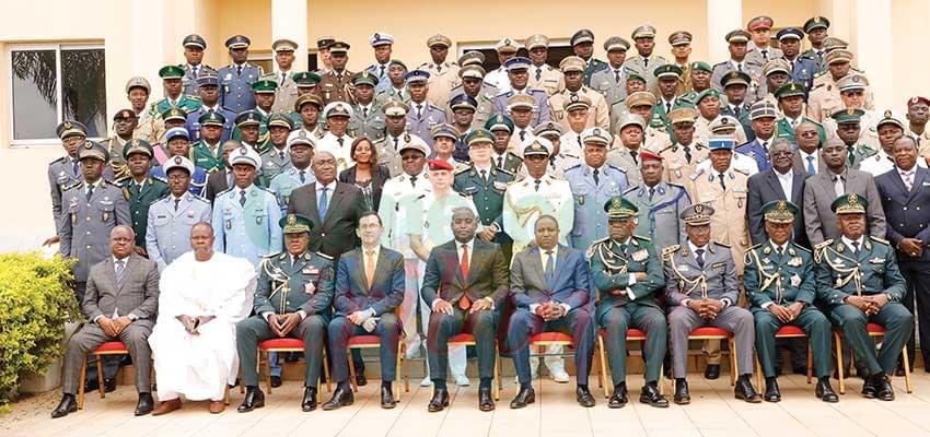 Ecole internationale de guerre : 62 officiers supérieurs outillés