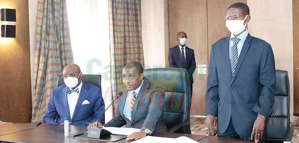 Le président du conseil d'administration Jacques Yves Mbelle Ndoe et le vice-président Ali Fassi Fibri nommés hier à Yaoundé.