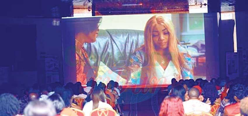 La dernière semaine de l'année 2020 a été marquée à Yaoundé par les projections de deux films de femmes : « Aline » et « Irrational Love ».