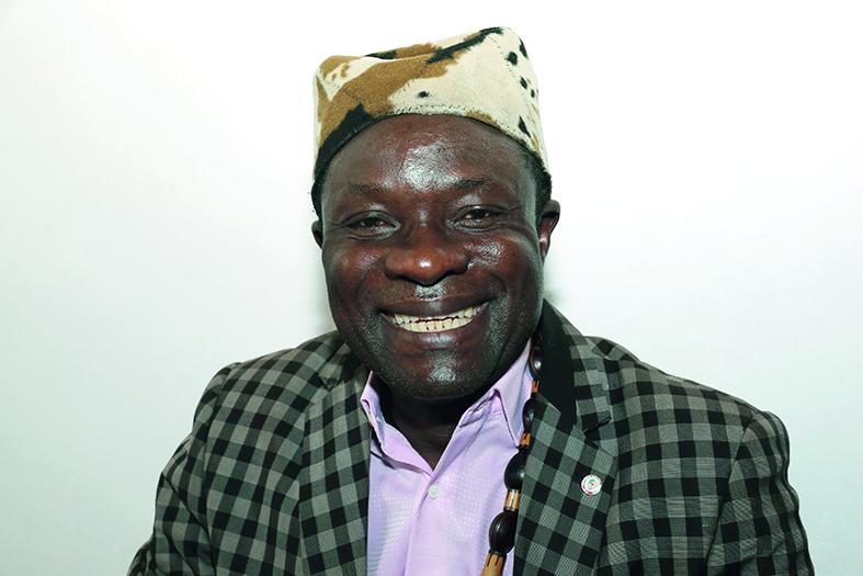 Charles Atangana Manda, chef traditionnel de la chefferie de Nkolmessi.