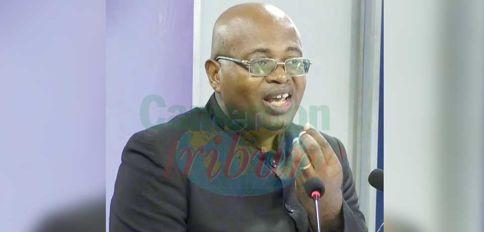 Mathias Eric Owona Nguini, politologue/  vice-recteur à l'Université de Yaoundé 1.