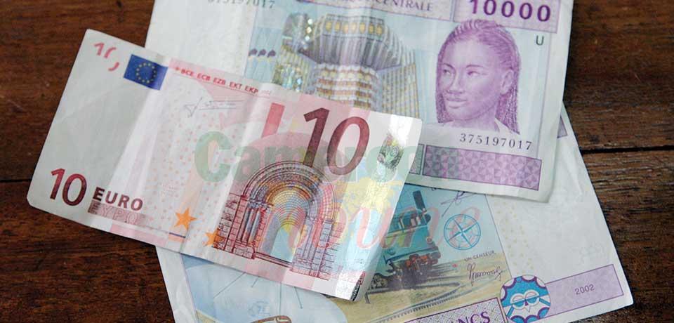 Vente illicite de devises : bientôt la répression