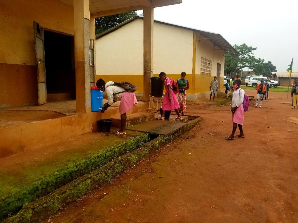 Lutte contre le covid-19 : l'Unicef appuie des établissements à l'Est