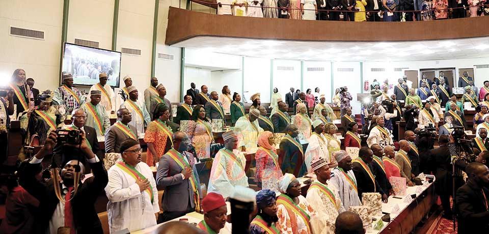 Marchés publics : faut-il exclure les parlementaires ?