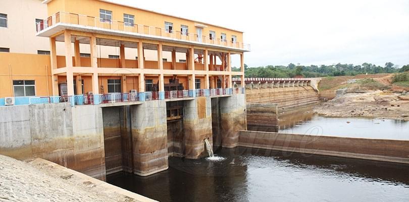 Image : Barrage hydro-électrique de Mekin: 15 mégawatts disponibles