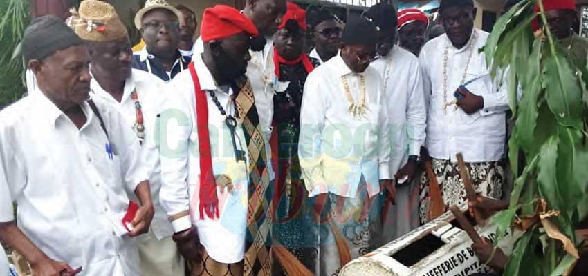 Bonendale : rois et chefs traditionnels d'Afrique en conclave