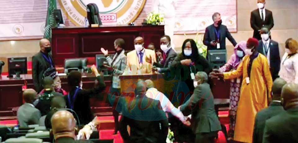 Pan-African Parliament Scuffle : A U Chair Calls For Calm