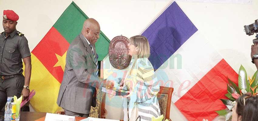 Coopération universitaire: accord parfait entre Douala et Paris-Saclay
