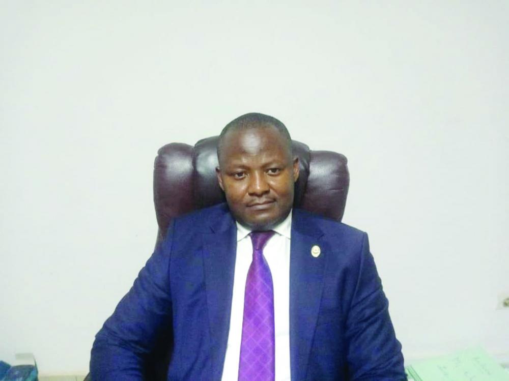 Pr. Cyrille Monembou, agrégé des Facultés de Droit, vice-doyen de la Faculté des Sciences Juridiques et politiques de l'université de Yaoundé Il.
