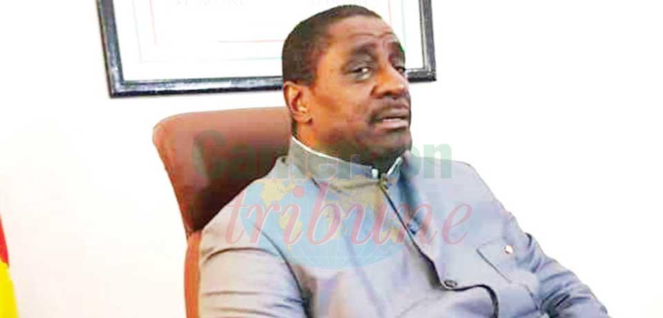 Dr Roger Mbassa Ndinè, maire de la ville de Douala.