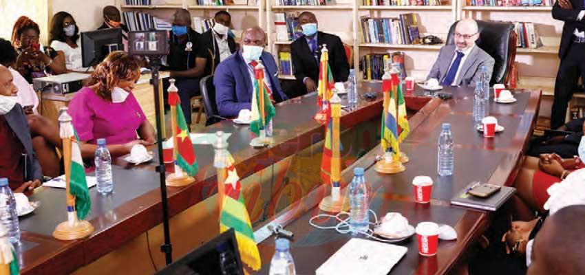 Coopération : l'ambassadeur d'Israël à l'IAI-Cameroun