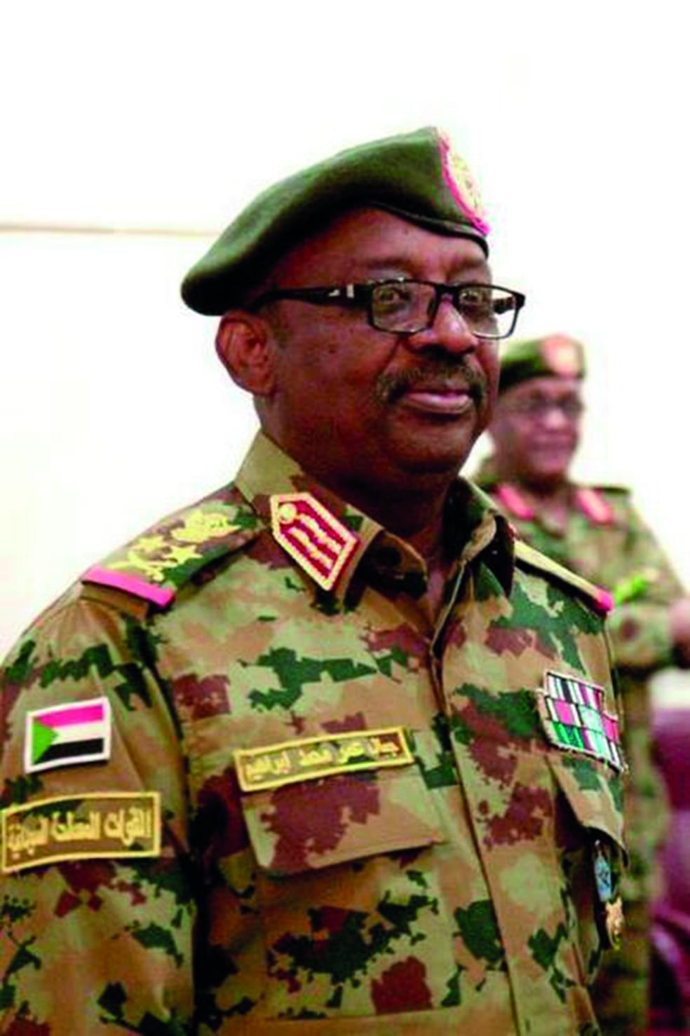 Sudan : Defence Minister Passes On