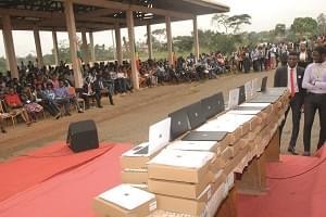 Soutien aux étudiants: 500 000 ordinateurs en vrai