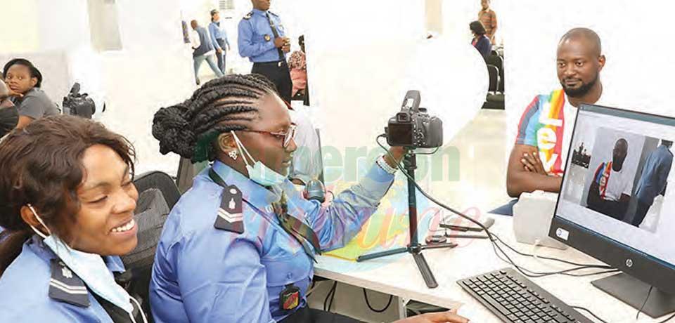Passeports biométriques : l'opération est lancée