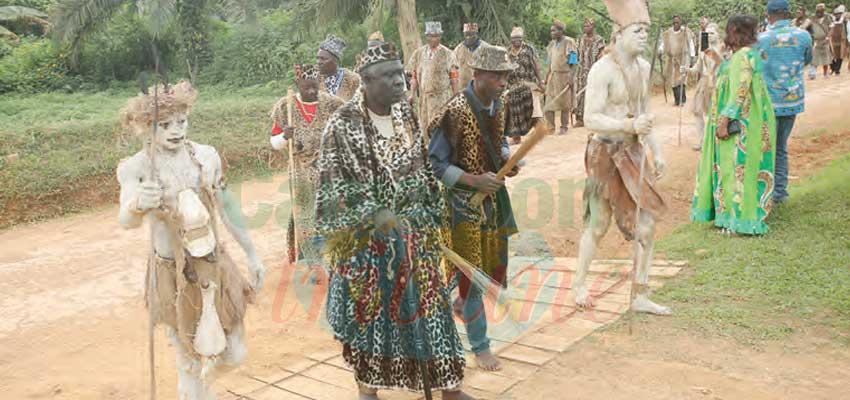 Patrimoine  : les Ekang, pour l'amour des traditions