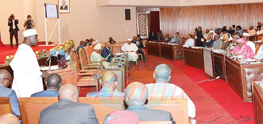 Image : Inclusive Development Planning: Economy Minister Consults Senators