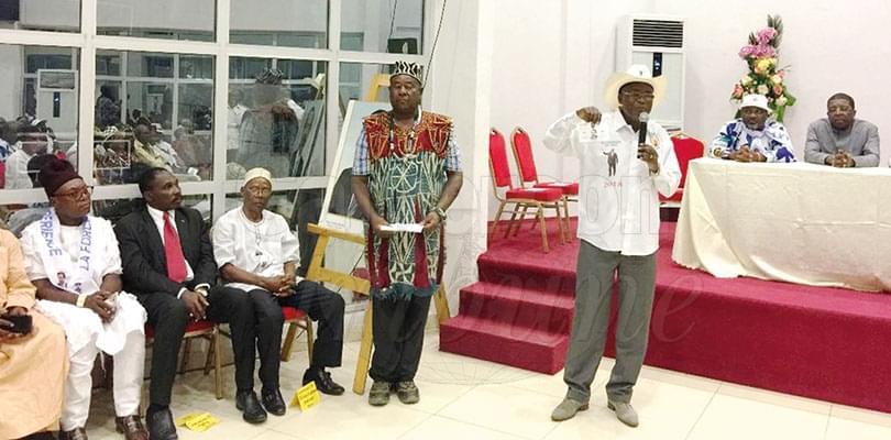 Image : Douala: Mbwentchou face aux ressortissants du Ndé