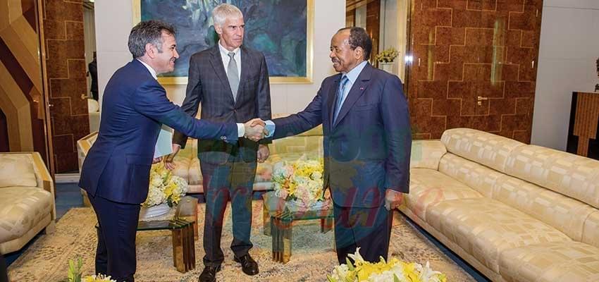 Image : Développement des infrastructures de santé: Paul Biya reçoit un investisseur américain au palais de l'Unité