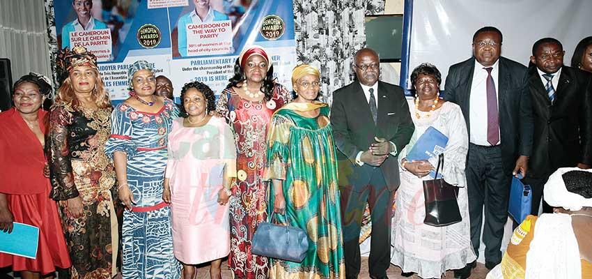 Les femmes veulent plus de places:  Assemblée nationale et mairies
