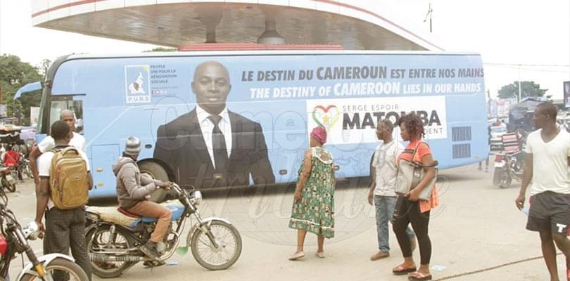 Image : Serge Espoir Matomba: l'homme en bus
