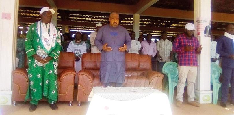 Image : SDF: Osih harangue les jeunes à Bertoua