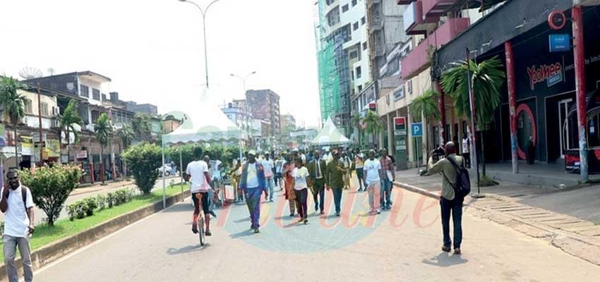 Mobilité urbaine: Douala en expérience sans voiture